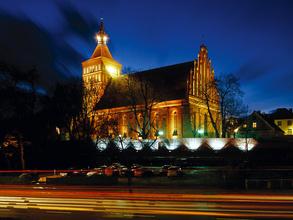 Katedra_noc
