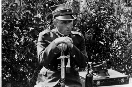 Major-Henryk-Sucharski